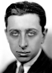 Robert Desnos (1900-1945), French poet, 1927.jpg
